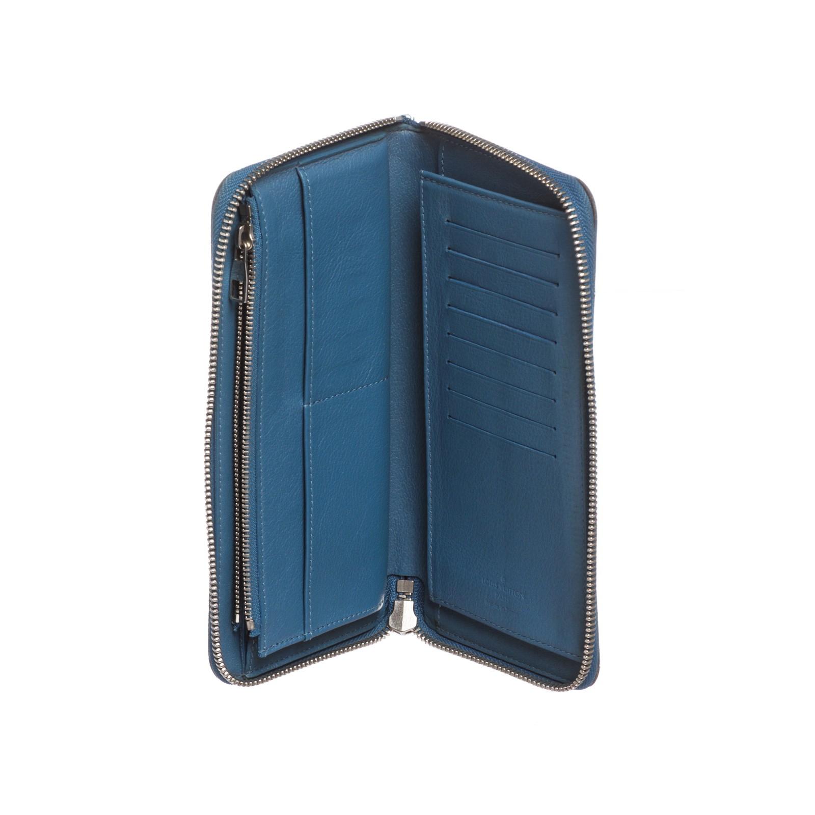 37bb295eb90 Louis Vuitton Blue Taurillon Leather Vertical Zippy Wallet